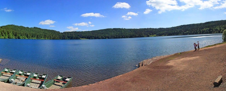 Le lac du Bouchet en été