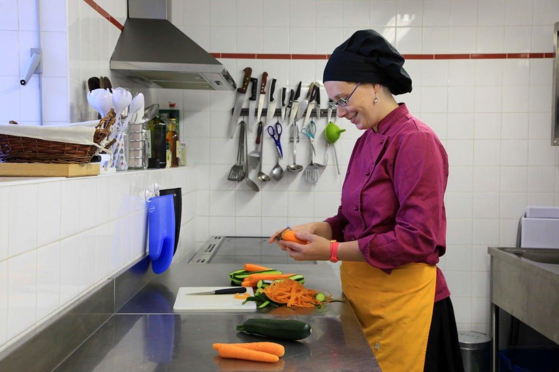 Cuisine professionnelle et sa chef cuisto